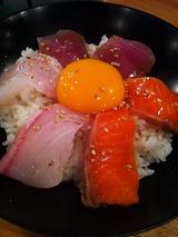 卵かけ刺身ご飯