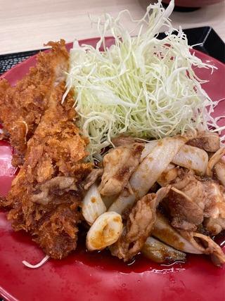 豚ロースタレカツと牛焼肉