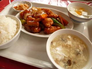 白身魚の黒酢炒め定食
