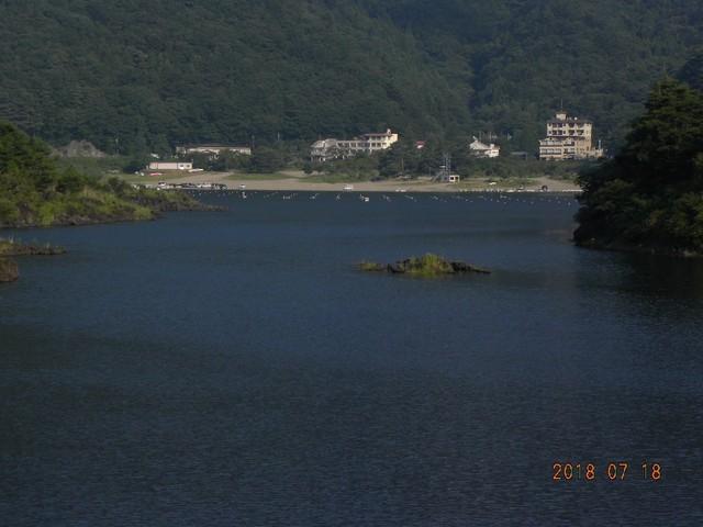 180718-2湖畔荘前小島