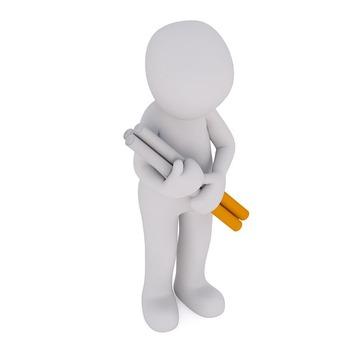 未成年DQN「おいタバコ売れやw」 店員「未成年には売れないで」 DQN「あ?!早く売れや!」