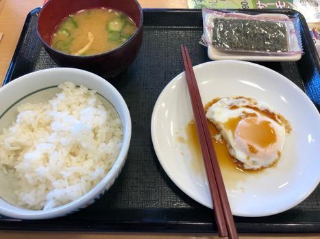 ぼく、おいしすぎる朝ごはんをお店で食べるwww(※画像あり)