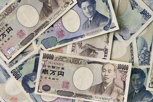 【悲報】彼女を作るには1000万円かかることが判明