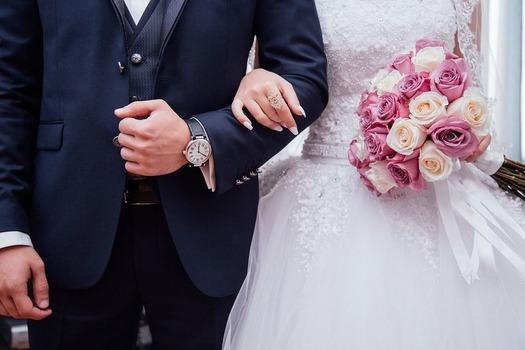 【速報】結婚式に出席中ワイ、無事昇天