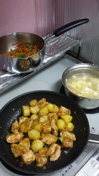 【画像】無職だけど一生懸命働いてるかーちゃんの為に晩御飯作った結果wwwwwwwww