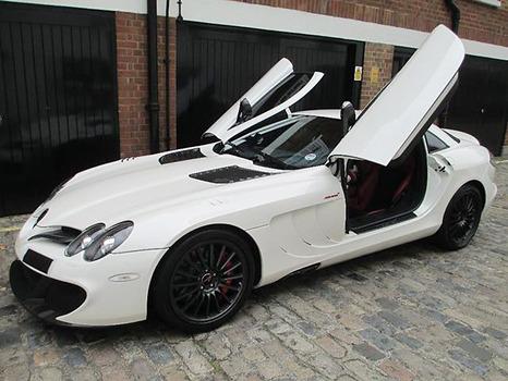 【画像】格好いいドアの開き方する車wwwwwwwwwww