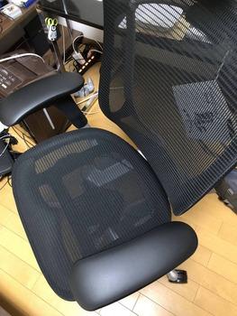 夏ボ出たからすげえいい椅子買ったったwww(※画像あり)