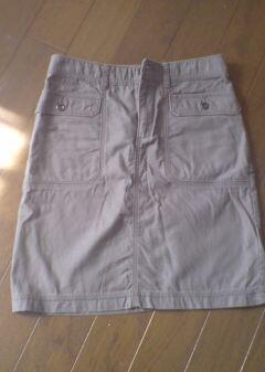 48センチ丈のカジュアルなスカート