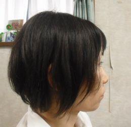 若い時とはヘアスタイルを変化させるのも「て」