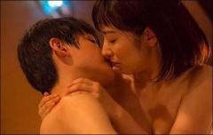 「徳永えり」深夜ドラマ『恋のツキ』がエロすぎる…‼