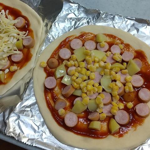 手作りピザ (1)
