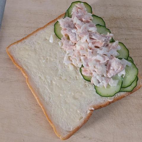 鮭玉サンド (6)