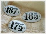 陶器のナンバープレート