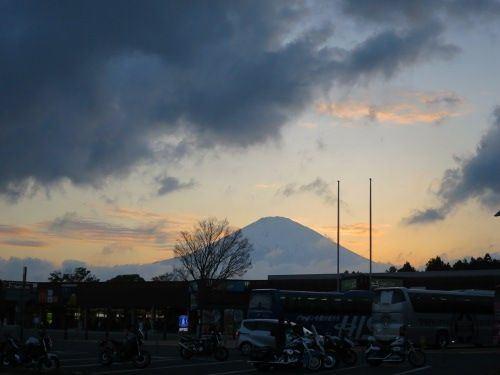 足柄SA富士山
