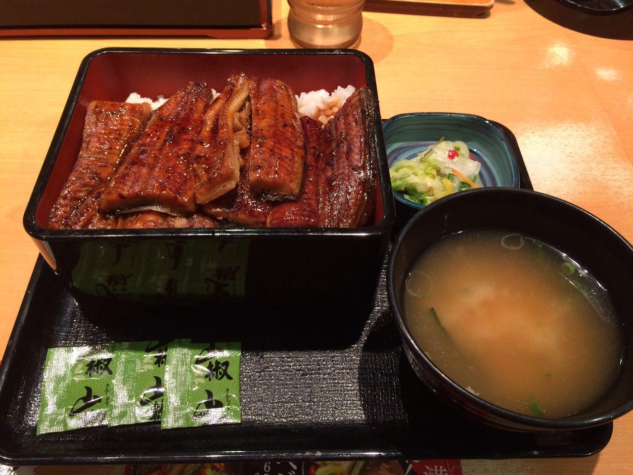 吉野家の鰻重を食べてきました :...