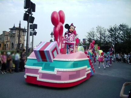 ディズニーシー パレード
