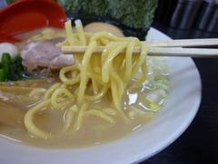 松壱家、麺
