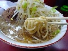 二郎京急川崎店・麺