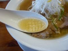 麺や食堂・柚子しおそば・スープ