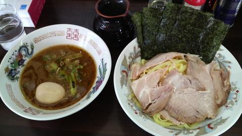 囲つけ麺・小(全部のせ)