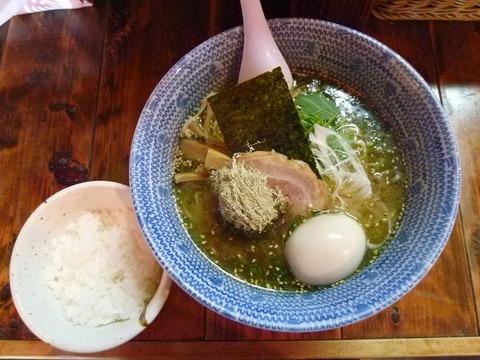 白醤油らー麺+味付け玉子+小ライス