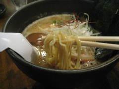 和BUBU・しょう蔵・細麺
