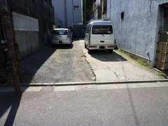 老郷 駐車場