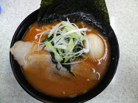 三代目家・辛味ラーメン+味付煮卵