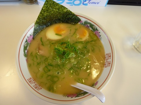 山笠 博多らーめん+味玉
