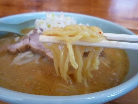 カムイ 麺