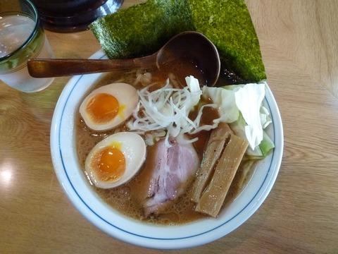 小次郎 醤油豚骨+味玉