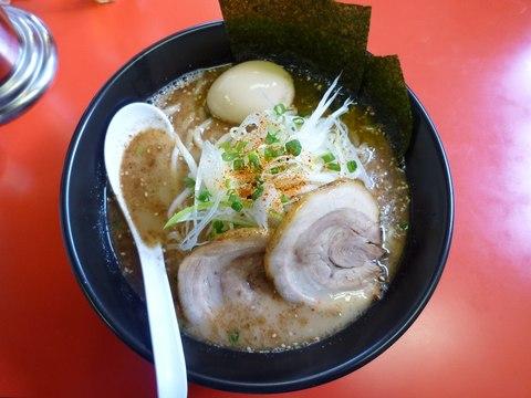 二宮 魚介とんこつらーめん+味玉