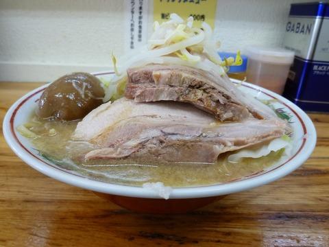 大黒家製麺 ラーメン・横