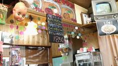 麺や店内3