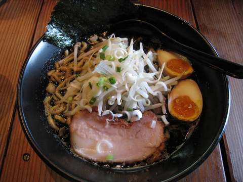 jun-pei黒ラーメン+味付け玉子