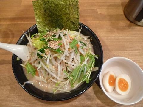 壱兆家野菜ラーメン・正油+味玉