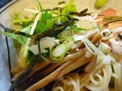 〇屋メンマと水菜