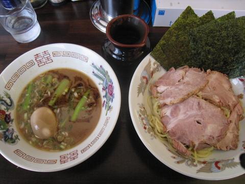 囲・囲つけ麺・全部のせ・細麺