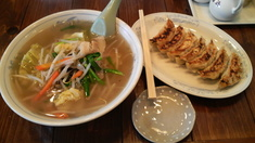 彩華亭タンメン+餃子