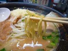 弐重まる・麺