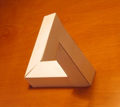 Penrose_Impossible_Triangle