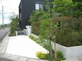 「藍住町の家�」の草花