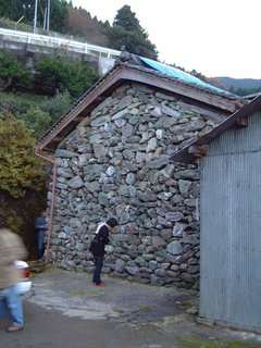 尾崎家の石倉