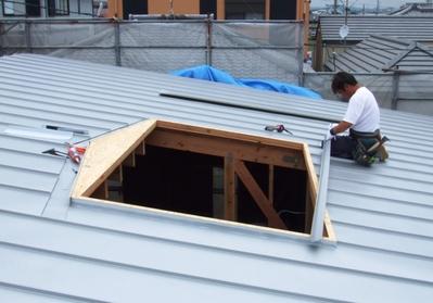 屋根吹抜け部の納まり