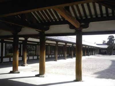 法隆寺の回廊