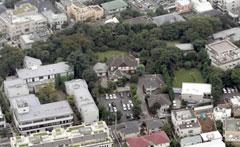自宅 麻生太郎 麻生太郎氏の屋敷 2500平方メートルで土地価格は50億円超|NEWSポストセブン