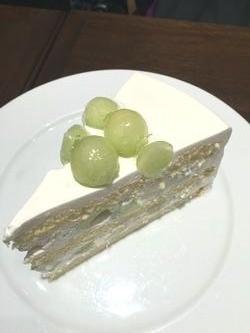 ハーブスメロンケーキ