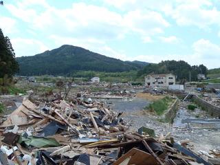 20110525_012旧志津川町南部滝浜