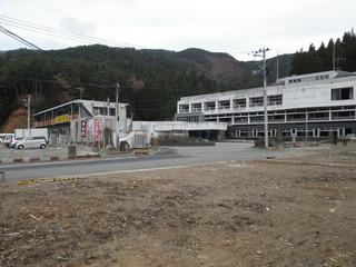 20111206_043雄勝総合支所