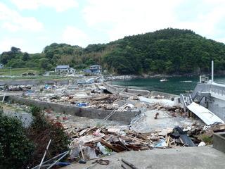 20110525_014旧志津川町南部滝浜